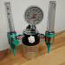 flujometro para oxigeno con doble flujometro y aspirador integrado