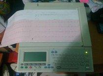 Electrocardiografo interpretativo HP Pagewriter 300 pi