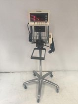 Welch Allyn Serie 5200 Monitor de signos vitales con soporte usado