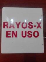"""Lámpara de """"Rayos X en Uso"""""""