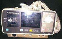 Desfibrilador Cardio Life TEC- 7100A
