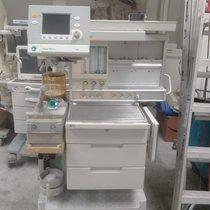 Maquina de Anestesia Datex Ohmeda Aestiva/ 5